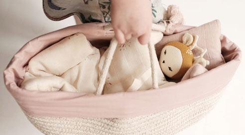 Les poupées et poupons