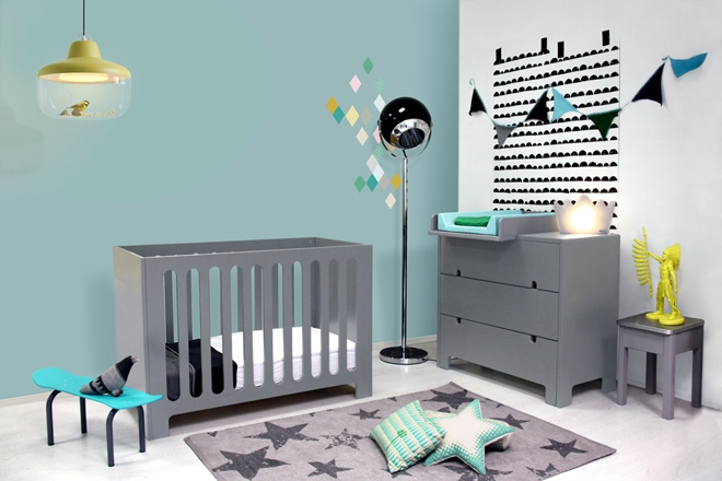 chambre enfant mur bleu gris. Black Bedroom Furniture Sets. Home Design Ideas