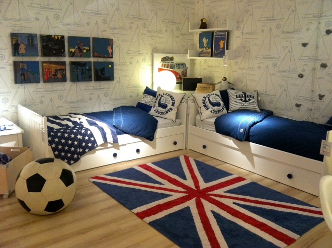 deco drapeau anglais chambre id e inspirante pour la conception de la maison. Black Bedroom Furniture Sets. Home Design Ideas