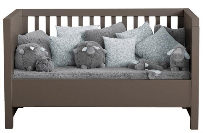 lit b b volutif couleur taupe. Black Bedroom Furniture Sets. Home Design Ideas