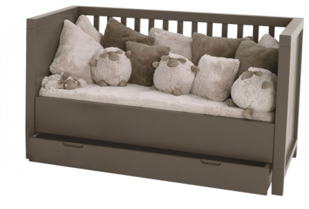 lit bebe evolutif aubert beautiful unsubscribe from. Black Bedroom Furniture Sets. Home Design Ideas