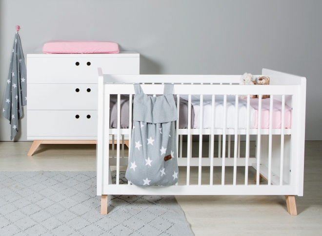 Lit b b eguizier for Ensemble chambre bebe